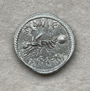 AVGVSTVS, MINT-CYRENE (31 – 29 B.C.) - Ancient Replicas - ancientreplicas.co.uk